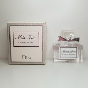 Dior's Miss Dior Blooming Bouquet 💐 Mini
